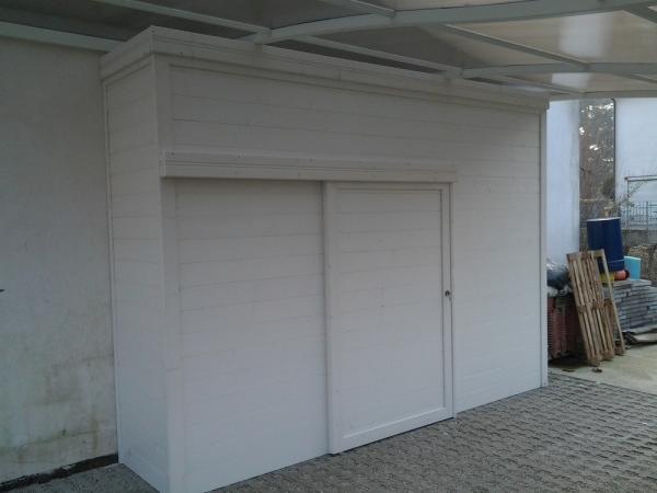 ARMADIO in legno a misura cm 350x60 con porta scorrevole, laccato bianco  euro 2140 IVA COMPRESA